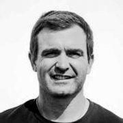 Charlie Enright porte un projet IMOCA pour le Vendée Globe