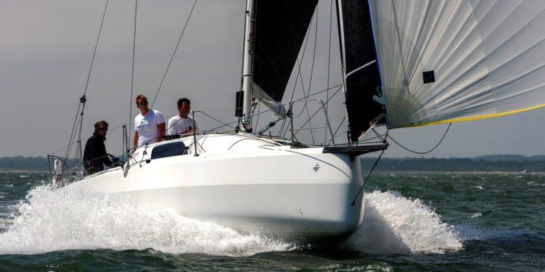 Quantum Sails s'installe à Lorient pour la course au large et les circuits imoca et figaro