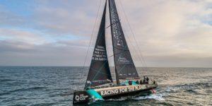 Racing The Planet, le VO65 skippé par Yoann Ricomme
